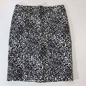 Ann Taylor Animal Print Pencil Skirt White Black 2